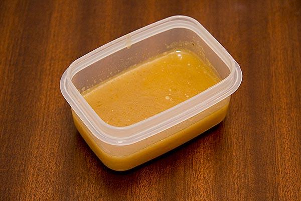 Saltfri kycklingbuljong, redo för infrysning